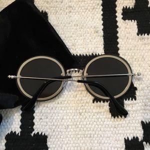 Aj Morgan Accessories - AJ Morgan mirrored round frame silver sunglasses